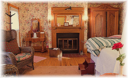 Room 8 at the White Lace Inn welcomes you to a relaxing Door County Getaway...